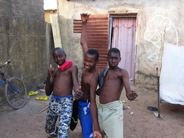 boys_pose