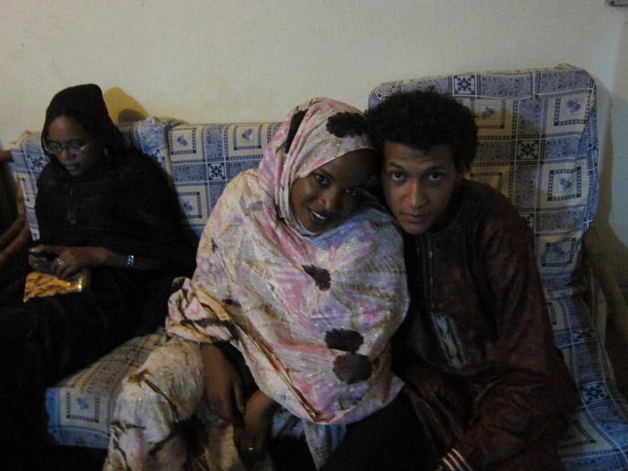 amanar_concert_sleeping_camel_bamako2