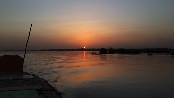sunset-niger-river