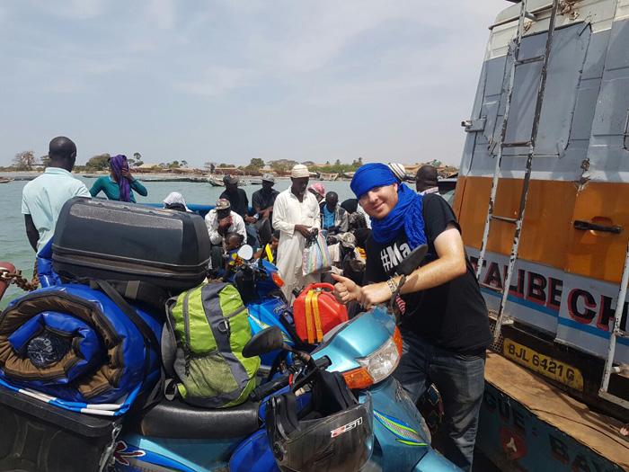 barrow-ferry-banjul